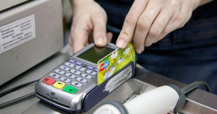 """Снять наличные с карты """"Сбербанка"""" теперь можно будет без банкомата!"""