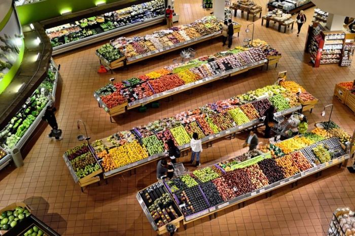 """Цены на продукты """"сорвались с цепи"""" - инфляция бьет рекорды"""