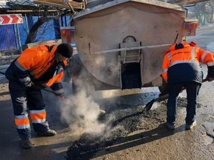С муниципалитетов требуют активно заняться дорожным ремонтом