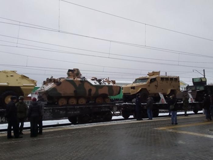 Завтра прибудет поезд с военными трофеями из Сирии