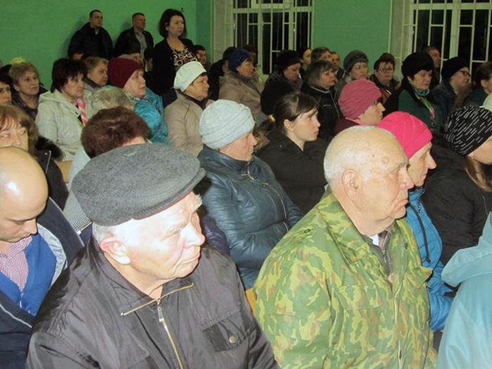 Глава администрации выехал в поселок Машзавод