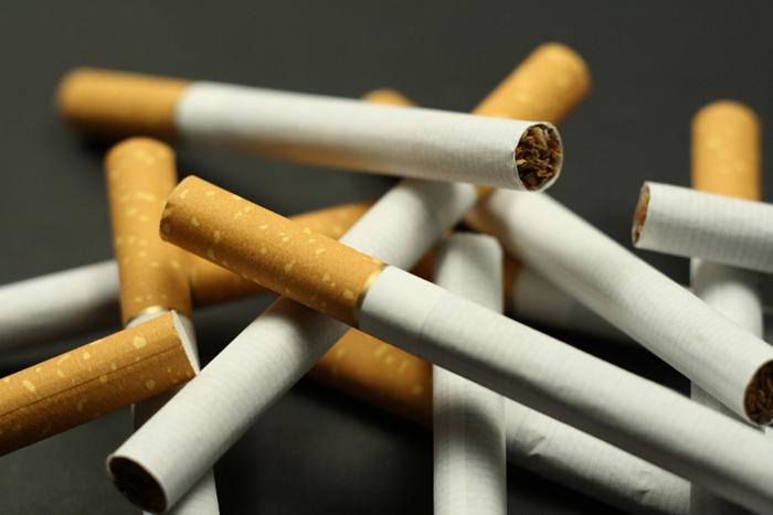 """Осудили за """"левые"""" сигареты"""